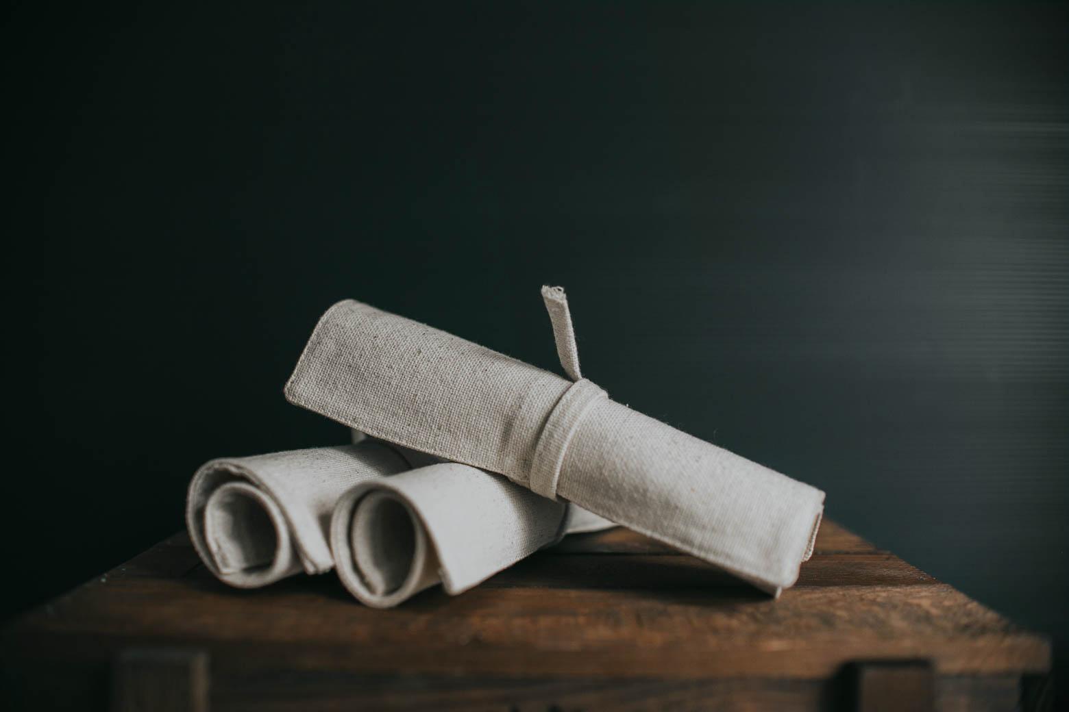 Bawełniane piórniki zwijane na ołówki
