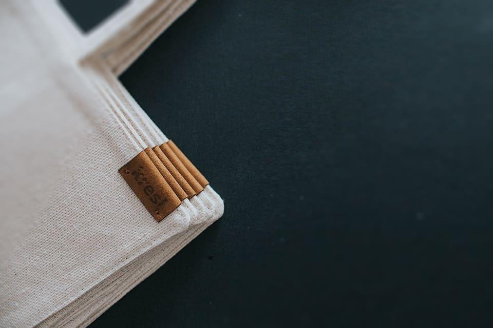 Zwijany bawełniane etui na ołówki.